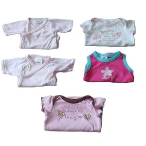 💗Lot of 5 Short Sleeved Bodysuits, 0-3m